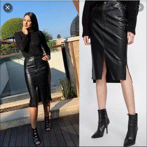 ZARA Embossed Snake Skin Black Front Slit Skirt XS